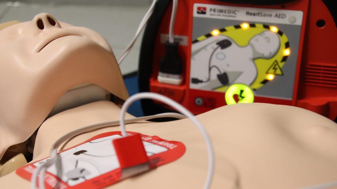 Défibrillateur: Comment fonctionne réellement la défibrillation ?